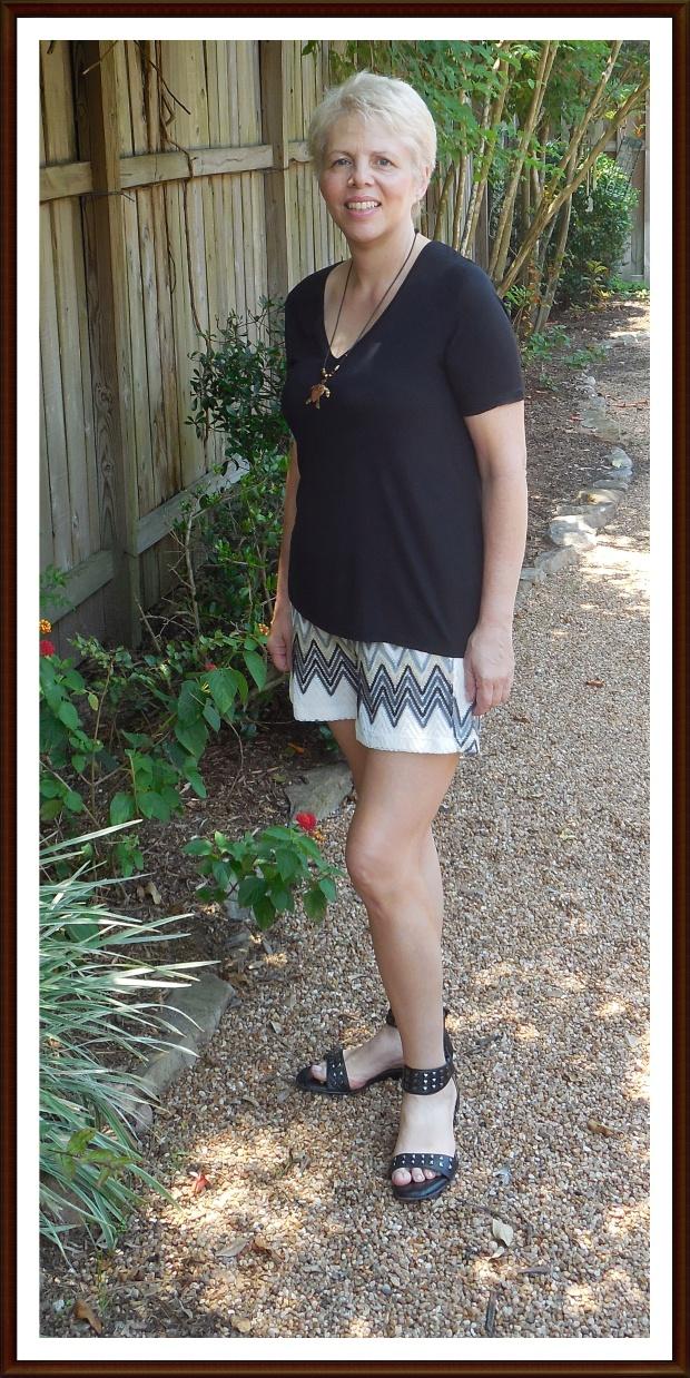 chevron shorts black